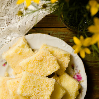 Sweet and Savory Parmesan Grits Bars – A New Southern Classic.