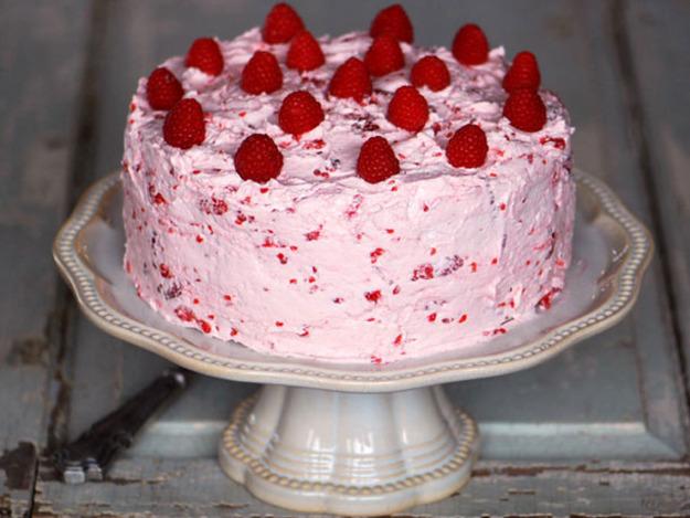 Lemon Cake with Fresh Raspberry Buttercream Recipe