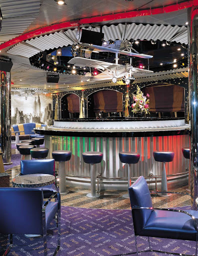 Carnival-Valor-Lindy-Hop-Piano-Bar - The Lindy Hop Piano Bar aboard Carnival Valor channels the carefree innocence and fun of yesteryear.