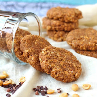 Healthy Thick, Soft and Chewy Peanut Butter Oatmeal Cookies (refined sugar free, gluten free, vegan).