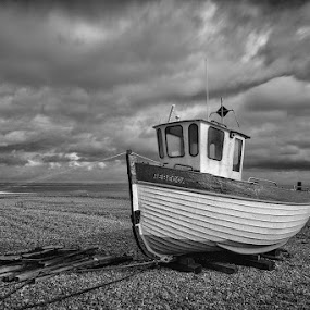 Rebecca by Dan Horton-Szar ARPS - Black & White Landscapes ( monochrome, kent, sea, seascape, beach, boat, dungeness, coast,  )