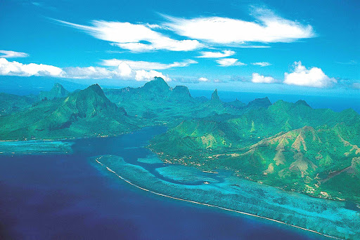The landscape of Mo'orea is dominated by two large bays and Mount Tohi'e'a, the highest point on the island.