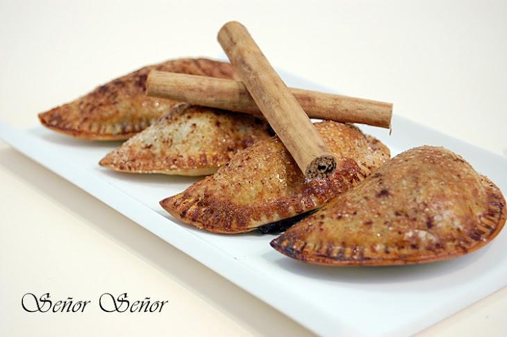 Sweet Chocolate and Cinnamon Empanadas Recipe