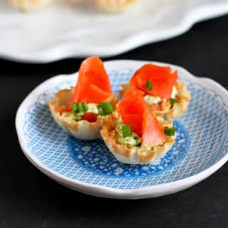 Mini Smoked Salmon & Pesto Yogurt Phyllo Bites.