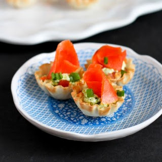 Mini Smoked Salmon & Pesto Yogurt Phyllo Bites.