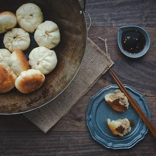 Panfried Pork Steamed Buns (Shengjian Bao).
