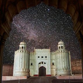 Shahi Qilla, Lahore by Agha Ahmed - Buildings & Architecture Public & Historical ( pakistan, building, lahore, stars, historical, architecture, fort, mughal, milky way )