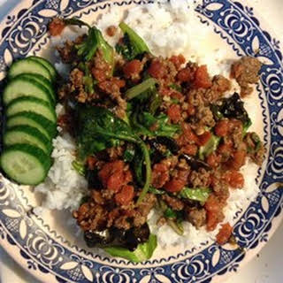 Vietnamese Beef And Lettuce Curry.