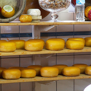 3 Great Recipes for Edam Cheese.