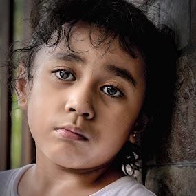 Nisha 2 by Mohd hafizan Ilias - Babies & Children Child Portraits