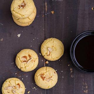 Nan Khatai / Crunchy Indian Shortbread Cookies.