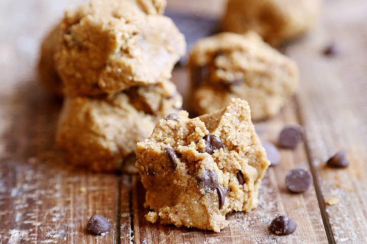 Breakfast Raw Oatmeal Cookie Dough Bites Recipe
