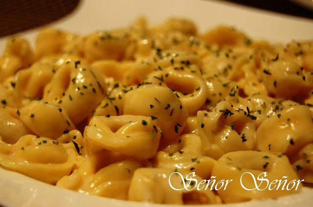 Pasta with Gouda Cheese Sauce Recipe