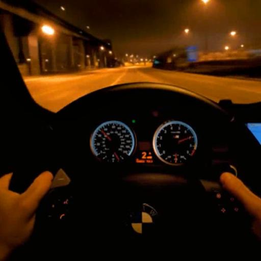 Driving a BMW Live Wallpaper
