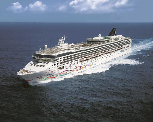 Norwegian Star cruising the North Pacific Ocean.