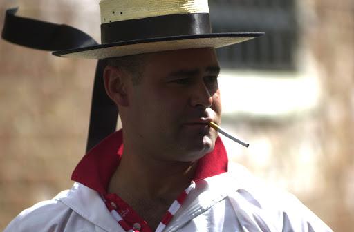 JF gondolaclose - Gondolier on smoke break.