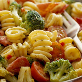 Pasta With Broccoli, Pesto And Chilli