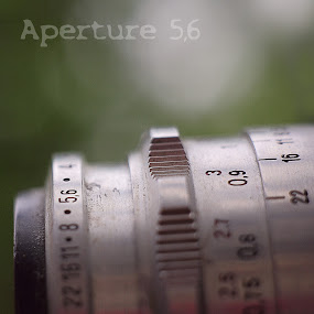 aperture 5,6 by Charles KAVYS - Typography Captioned Photos ( old camera, carl, tessar, zeiss, aperture,  )