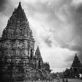 Prambanan by Windu Fidyanto - Black & White Buildings & Architecture