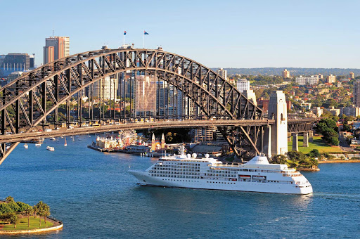 Guests on board Silver Shadow can make memories on port calls in Sydney, Australia.