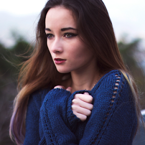 Sweater weather  by Emily Lei - Novices Only Portraits & People ( winter, cold, nature, russian, hkg, dark, natural, portrait, korean,  )