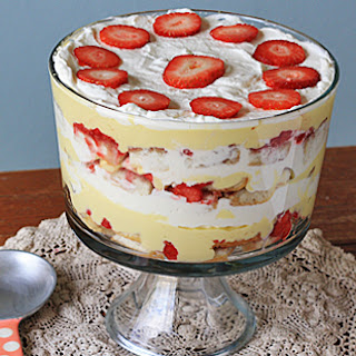 Traditional English Trifle.