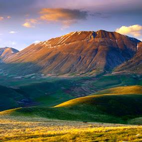 Monte Vettore by Boris Michaliček - Landscapes Mountains & Hills ( mountains, vetore, sibillini, italy )