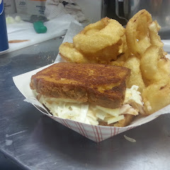 gluten free sandwich with onion rings
