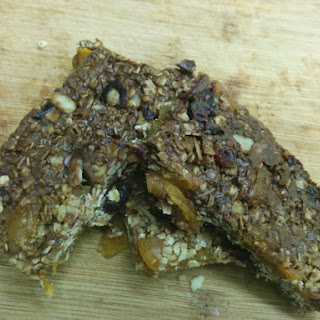 No Bake Chocolate Granola Bars (vegan)