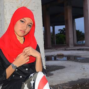 Jilbab Merah by Alvi Eko Pratama - People Portraits of Women ( potrait, red, girl, hijab, women, people )