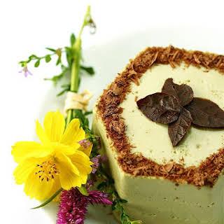 Matcha Green Tea Mascarpone n Dark chocolate Cake.