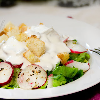 Summer Salad with Yogurt Dressing