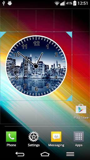 街のスカイライン 時計