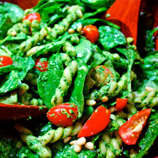 Spinach and Pasta Salad with Pesto.