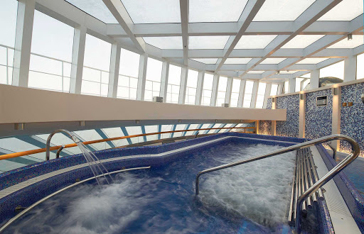 Carnival-Breeze-Cloud-9-Thalassotherapy - Use sea water to help you relax and rejuvenate with a Thalassotherapy treatment when sailing with Carnival Breeze.
