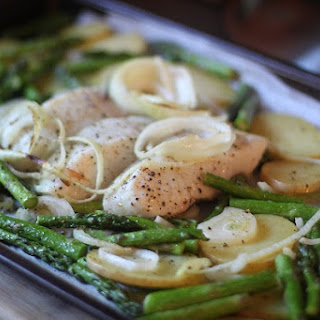 One-Pan Roasted Halibut, Asparagus & Yukon Potatoes