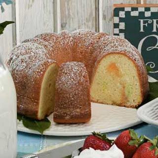 Pastel Pound Cake.