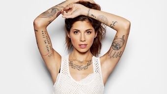 "Christina Perri, ""Let It Snow"""