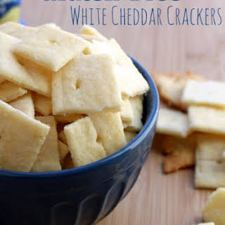 White Cheddar Crackers (Cheez-it Copycat Recipe).