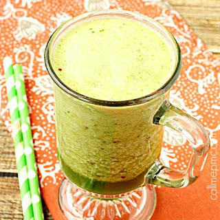 Spinach Apricot Coconut Oil Smoothie.
