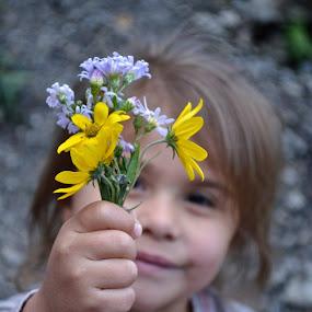 Let them be little by Gabi Dearing - Babies & Children Child Portraits