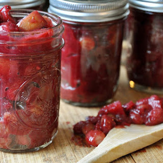 Spicy Red Wine Cranberry Chutney