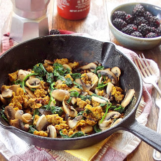 Savory Spinach and Mushroom Chickpea Scramble