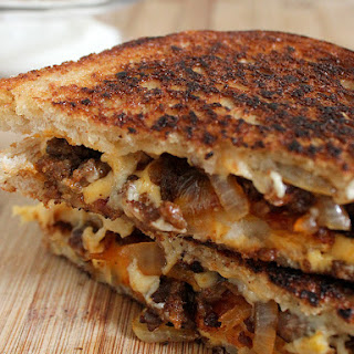 Chorizo Y Papas Grilled Cheese Recipe