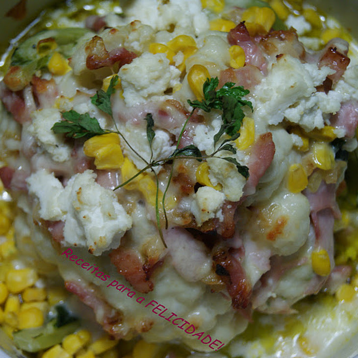 Cauliflower with Bacon and Cottage Cheese Gratin