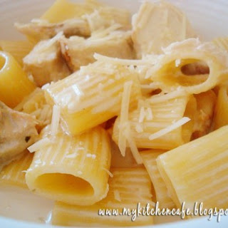 Lemon Cream Pasta with Chicken