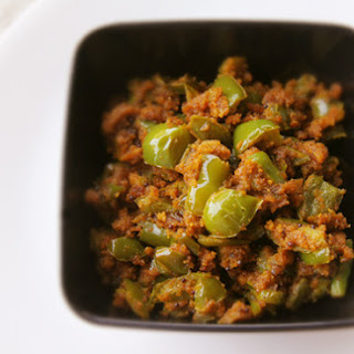 Capsicum Besan Sabji (Bell Pepper and Chickpea Flour Stir-Fry).