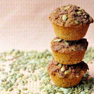 Clean Eatin Gluten Free Pumpkin Streusel Muffins