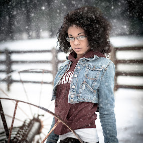 by Melanie Ayers Wells-Photography - People Portraits of Women ( ky. january 2014, snow, hodgenville, trisha )
