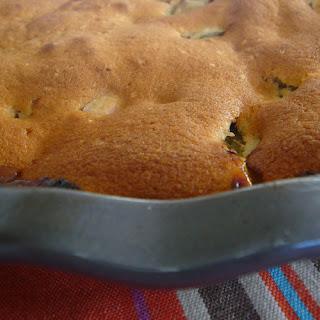 Warm Rhubarb Pie with Dried Apricots
